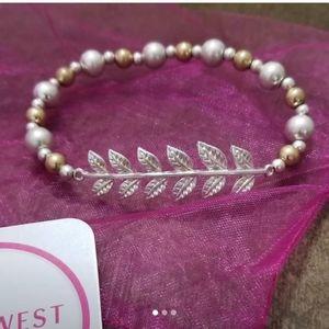 3/$15 NWT NadineWest Laurel leaf stretch bracelet